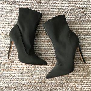 Olivia Ferguson Pointed Toe High Heel Boots (8)
